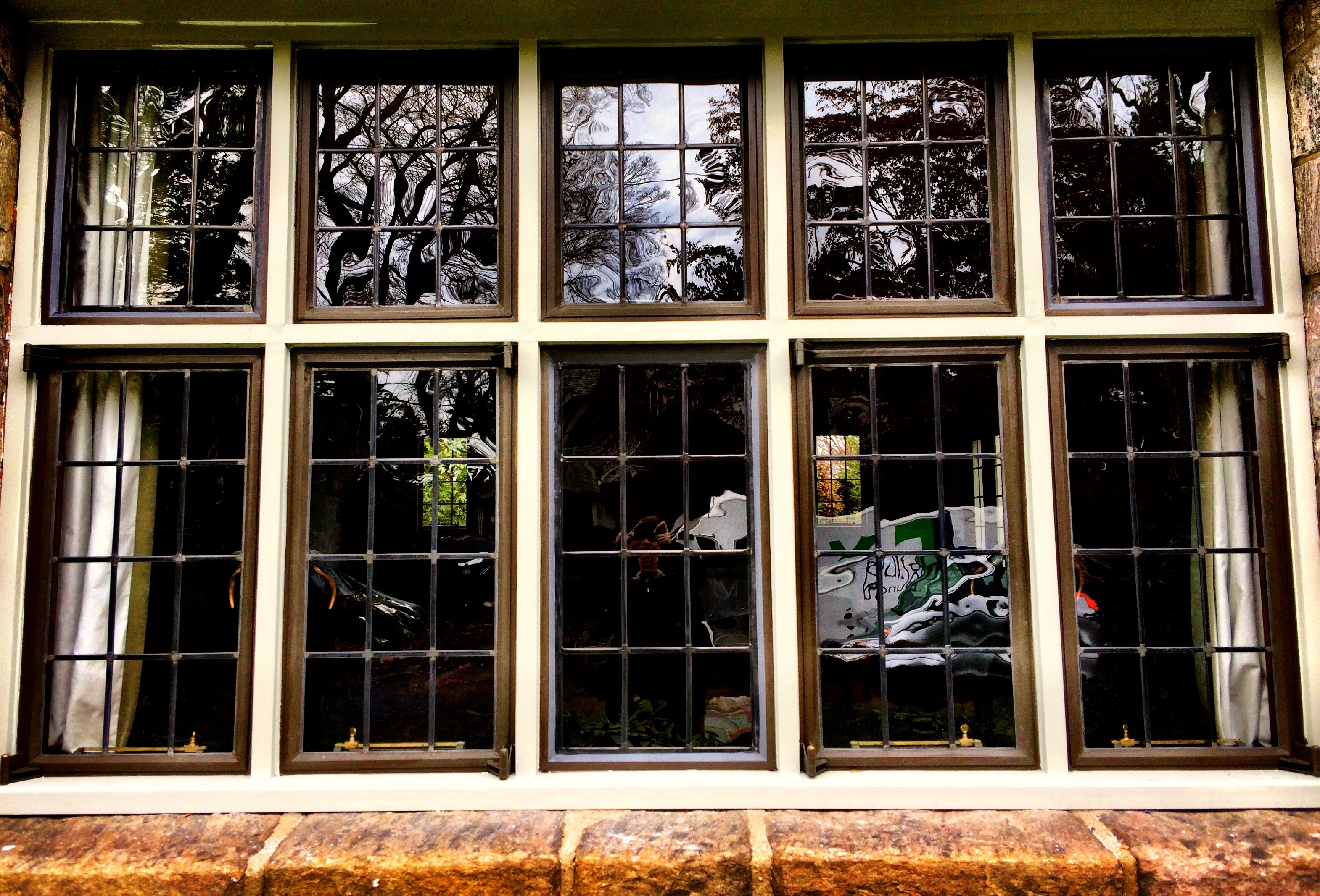 Agw old style window glass photo gallery for Window glass styles